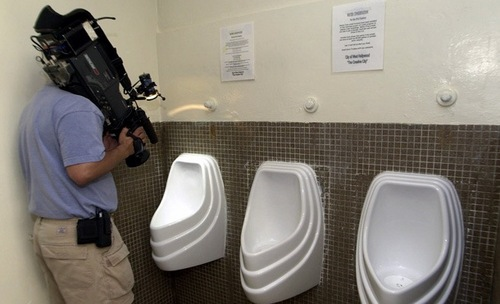 Thumbnail image for toiletfilming.jpg